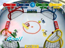 Foto Club Penguin: Game Day! (Seminovo) Wii