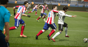 Foto Pro Evolution Soccer 18 PS4 - Seminovo