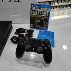 Foto Sony Playstation 4 2TB + Jogo +  Garantia ZG! - Seminovo
