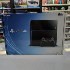 Foto Sony Playstation 4 500GB + 02 Jogos - Seminovo